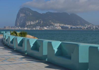 Spanien, Blick auf den berühmten Affenfelsen von Gibraltar (brit. Überseegebiet)